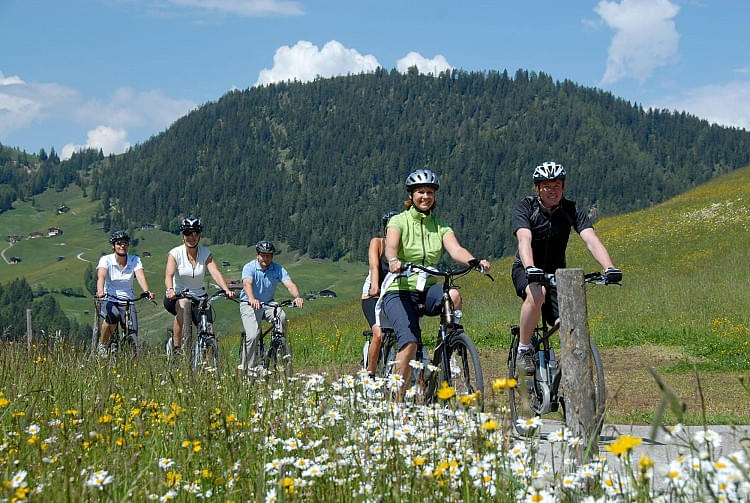 ebike_tour_to_thierbach_wildschnau._copyright_wildschnau_tourist_board.jpg